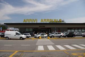 Hyrbil Milano Malpensa Flygplats