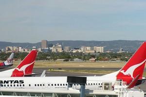 Hyrbil Adelaide Flygplats