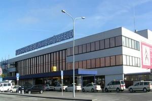 Hyrbil Berlin Schönefeld Flygplats