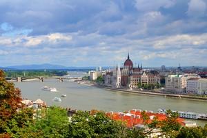 Hyrbil Budapest