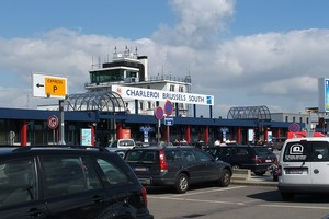 Hyrbil Bryssel Charleroi Flygplats