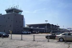 Hyrbil Cleveland Flygplats