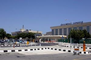 Hyrbil Larnaca Flygplats