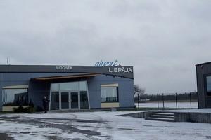 Hyrbil Liepaja Flygplats