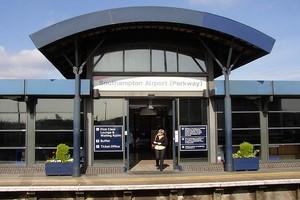Hyrbil Southampton Flygplats