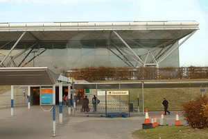 Hyrbil London Stansted Flygplats